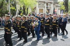 军事胜利天游行在塞瓦斯托波尔 免版税库存图片