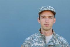 军事年轻人 工作室纵向 免版税库存照片