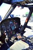 军事直升机驾驶舱 免版税库存照片