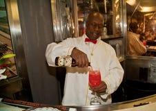军用列车的酒吧招待 免版税库存图片