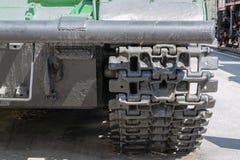 军用坦克或挖掘机毛虫  特写镜头照片 库存照片