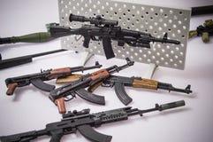 军用枪玩具 免版税库存图片