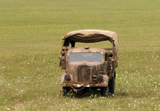 军用老卡车 库存照片