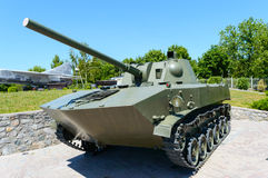 军用设备 老坦克 免版税库存图片