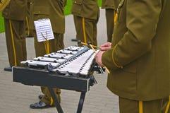 军用音乐家工具 免版税库存照片