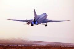 军用飞机的起飞 图库摄影