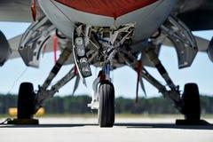 军用飞机起落架 免版税库存照片