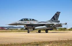 军用F-16战斗机航空器 库存照片