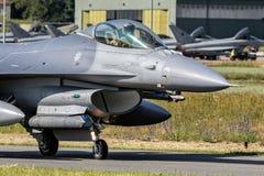 军用F-16战斗机 免版税库存照片