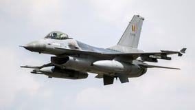 军用F-16战隼喷气式歼击机航空器 库存照片