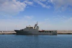 军舰在卡塔赫钠港靠了码头在西班牙 库存图片