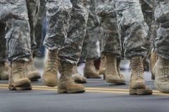 军队游行 库存图片