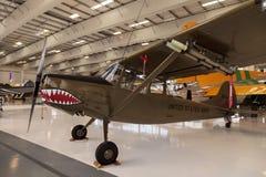 军队绿色赛斯纳O-1E飞机叫猎鸟犬 免版税库存照片