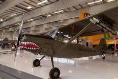 军队绿色赛斯纳O-1E飞机叫猎鸟犬 免版税库存图片