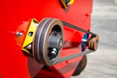 农业机器零件 滑轮和传送带传输 免版税库存图片