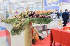 农业的陈列金黄秋天,俄语 免版税库存图片