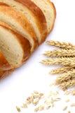 农业comcept 麦子的面包和耳朵 免版税图库摄影
