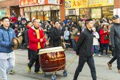 农历新年游行:芝加哥龙 免版税图库摄影