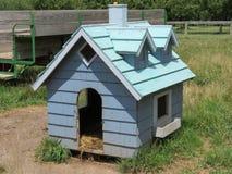 农场的饲养房 库存照片