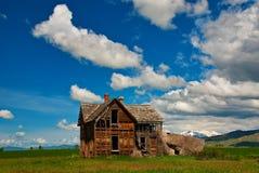农场被忘记的房子时间 库存照片