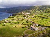 农场鸟瞰图在Ponta delgada附近的 库存照片