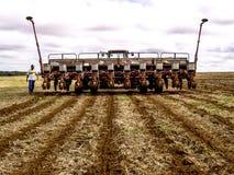 农夫准备机器 免版税库存照片