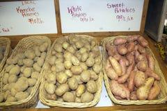 农夫的市场土豆 免版税库存照片