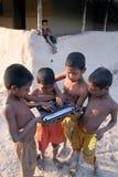 农村印度的膝上型计算机 库存照片