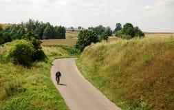 农村的乡下公路 免版税库存照片