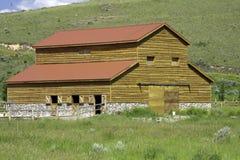 农村的谷仓 库存图片