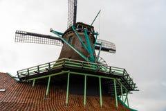 农村荷兰风景在Zaanse Schans村庄 免版税图库摄影