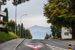 农村路在琉森,瑞士 免版税库存图片