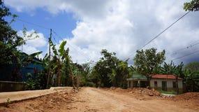 农村路看法在半岛Samanà ¡乡下  免版税库存照片