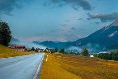 农村阿尔卑斯的路 库存图片