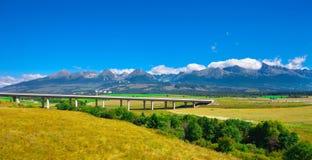 农村风景在清楚的天空,斯洛伐克下 免版税库存图片