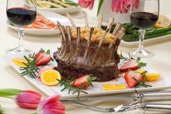 冠烤羊肉 免版税库存图片