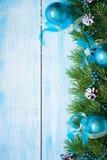 冬天与冷杉分支的圣诞节背景 免版税图库摄影