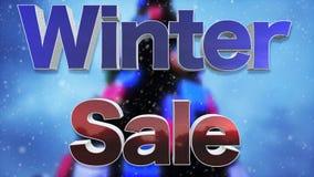 冬天与落的雪的销售3D文本和圣诞树 免版税库存照片