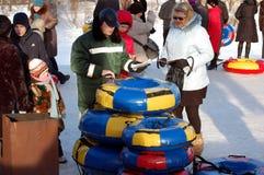 冬天乐趣在沃洛格达州 免版税库存照片