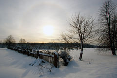 冬天农村风景和日落 库存照片
