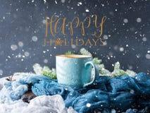 冬天卡片用祝愿的咖啡节日快乐 免版税库存图片
