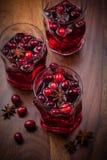 冬天和圣诞节的热打孔机 图库摄影