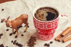 冬天咖啡和鹿 库存照片