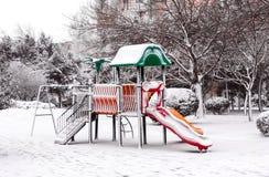 冬天在城市公园 免版税库存照片
