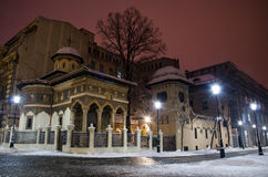 冬天在布加勒斯特- Stavropoleos修道院 免版税库存照片