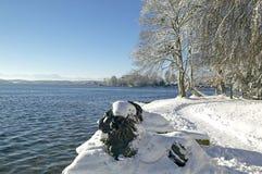 冬天在湖的施塔恩贝格,德国图钦格 库存照片