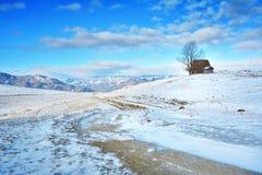 冬天在特兰西瓦尼亚罗马尼亚 免版税库存照片