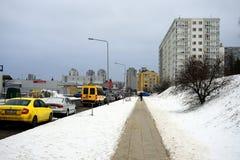 冬天在立陶宛维尔纽斯市Pasilaiciai区的首都 免版税库存照片