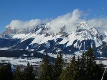 冬天在阿尔卑斯 免版税库存照片