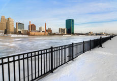 冬天城市地平线 免版税图库摄影